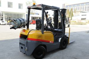 Chinese New 4ton LPG Forklift with Nissan for Oversea pictures & photos