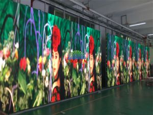High Resolution P3mm Indoor Full Color LED Display Screen (CE, RoHS, FCC) pictures & photos