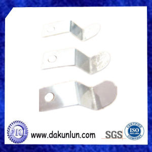 Precision Customized Stamping Parts for Lamp Shell/Lamp Holder Spring Leaf pictures & photos