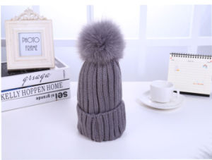 Wholesale Fur POM POM Wool Knitted Winter Beanie Cap Hat pictures & photos