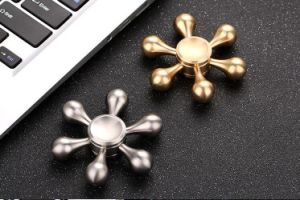 Combination Metal Six Arms Fidget Hand Spinner Top Office Decompression Adult Toys pictures & photos