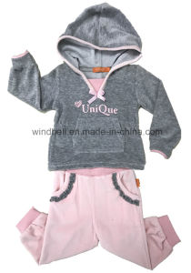 Velvet Cute Suit for Baby Girl pictures & photos