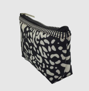 Nylon Cosmetic Bag for Women Easy to Use pictures & photos