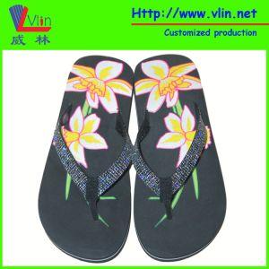 Glittering PVC Strap Women′s Flip Flop pictures & photos