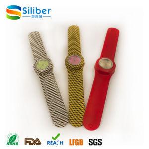 Custom Printed Logo Fashion Pattern Silicone Quartz Slap Bracelet Wristwatch pictures & photos