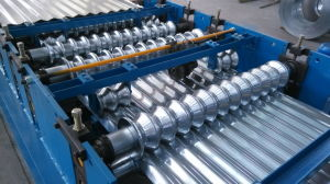 Cheap Roof Wall Panelling Roll Forming Machine pictures & photos