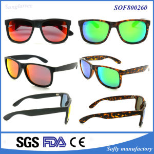 2017 Newest Sunglasses with Tac Polarized Len for Man Women pictures & photos