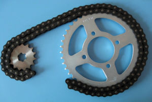 Motorcycle Sprocket and Chain Set (428) pictures & photos
