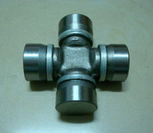 Universal Joint for Russia Truck (23.84x61.2) pictures & photos