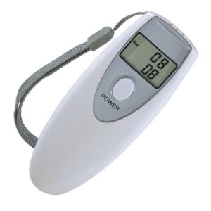 Digital Display Alcohol Tester / Alcohol Breath Tester (HS-T082) pictures & photos