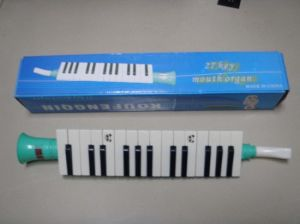 27 Key Melodica for Gift pictures & photos