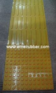 Rubber Tactile Paving for Trafic pictures & photos