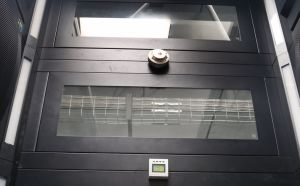 19 Inch Zt HS Series Rack Enclosures with Earthquake Resistant Structure pictures & photos