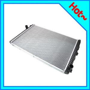 Electric Radiator for Land Rover Discovery II 98-04 PCC107260 PCC000710 pictures & photos