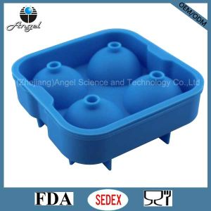 Popular Whisky Ice Ball Maker Mold with Cover Silicone Material Si17