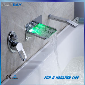 Brass Wall Mounted Single Handle Bath Shower Tap with LED Lights pictures & photos