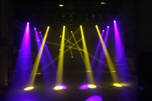 Professional Stage Lighting 7r 230W Beam Moving Head Light (YA054) pictures & photos