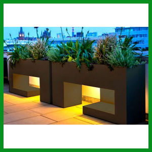 Outdoor Large Fiberglass Flower Planter pictures & photos