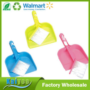 Small Foldable Plastic Sofa Cleaning Brush with Dustpan pictures & photos