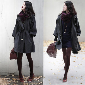 Korean Style Women Heated Grey Long Outwear Coat with Hood pictures & photos