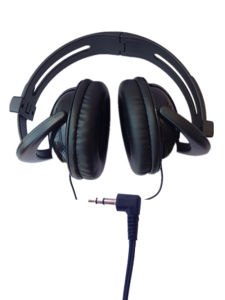 Fodable Plastic and PU Computer Headphone with Wired pictures & photos