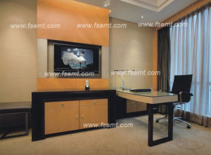 First-Class Manufacturing Wooden Hotel Bedroom Set (EMT-B1204) pictures & photos