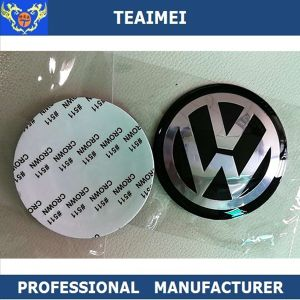 65mm Arc Chrome ABS Plastic Body Design Car Sticker pictures & photos