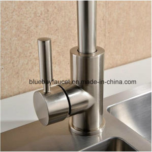 Ce Easy Installation Sanitary Ware Hot and Cold Tap pictures & photos
