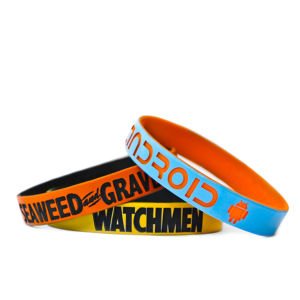 Custom Color Coated Silicone Wristbands Promotion pictures & photos