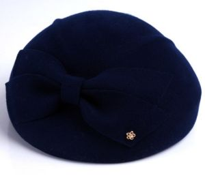 Solid Colour Wool Women′s Beret pictures & photos