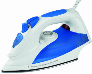 CE Approved Iron and Steam Iron for House Used (T-603) pictures & photos