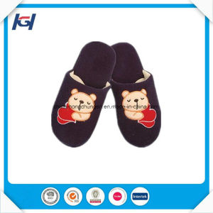 Cute Emb Warm Wainter Boy New Models House Slippers pictures & photos