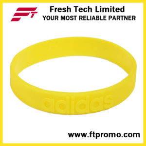 Wholesale Eco-Friendly Silicone Wristband with Logo pictures & photos