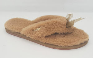 Women′s Fake Fur Slipper