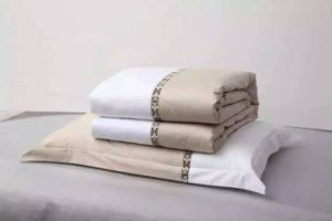 High Quality 100% Cotton Hotel Bed Sheet pictures & photos