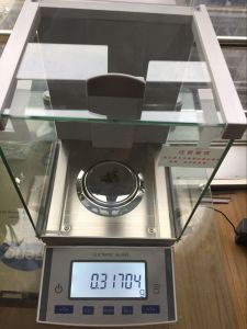 0.01mg 30g 0.1mg 220g Internal Auto Calibration External Calibration Laboratory Balance pictures & photos