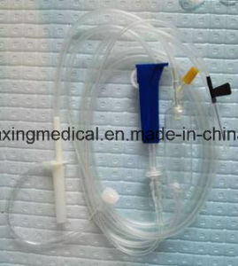 Disposable IV Giving Set with Needle pictures & photos