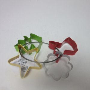 4PCS Christmas Cookie Forms Cookie Cutter Bakeware pictures & photos