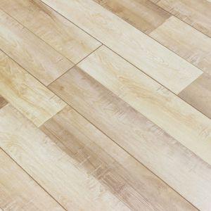 2017 New Designs Best Price Parquet Laminate Flooring pictures & photos