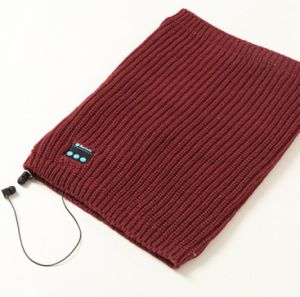 2017 Hot Sale Winter Bluetooth Scarf pictures & photos