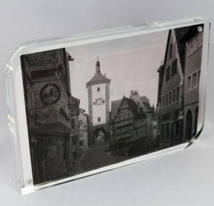 Customize Acrylic Picture Clear Acrylic L Shape Photo Frame pictures & photos