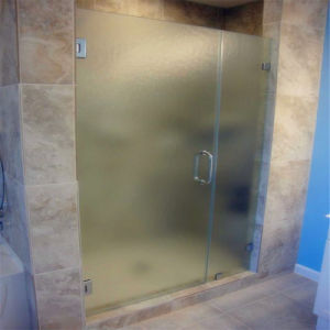 Frameless Patterned / Textured Glass Shower Door pictures & photos