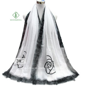 2017 New Lady Fashion Satin Scarf with Rose Printed Shawl pictures & photos