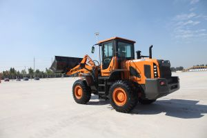 Chinese Brand Ensign Wheel Loader Model Yx636 with Weichai Engine, Air Conditioner, 1.8 M3 Bucket and Joystick pictures & photos