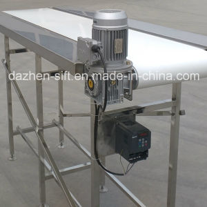 304 Stainless Belt Conveyor for Food Transporting with Working Plateform pictures & photos