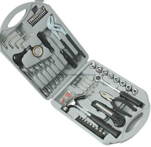 141 Professional Promotional Mechanical Tool Set pictures & photos