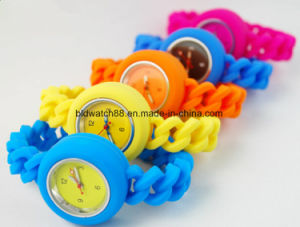 Popular Japan Movt Silicone Watches Waterproof pictures & photos