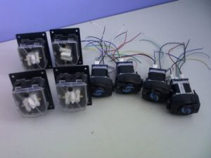 OEM Fz10 Mini Peristaltic Dosing Pump Head 0.005-32ml/Min pictures & photos