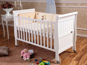 White Color Wooden Baby Crib Baby Bed (M-X1021) pictures & photos