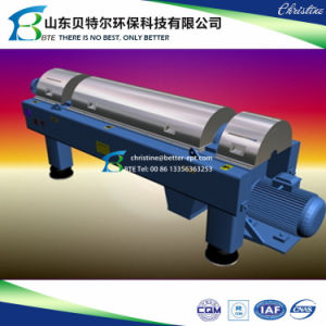 Industrial Horiznotal Screw Centrifuge Decanter for Sludge Dewatering pictures & photos